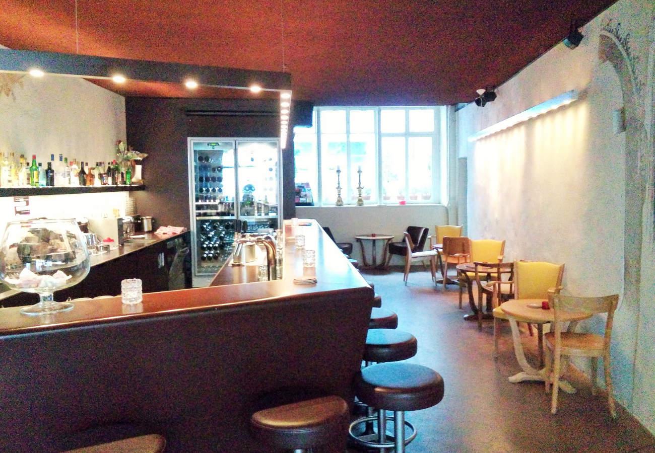 Brasserie Bar HUGO mit einer Tonanlage von albi SERVICES