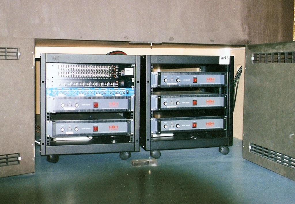 Klasische Verstärkeranlage (Amp-Rack1) Diskothek Diva