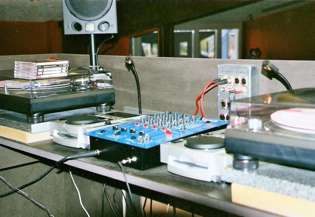 DJ-Desk Discothek Diva Detail